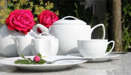 friesland porzellan venice wei fr her life wei geschirr g nstig kaufen bei. Black Bedroom Furniture Sets. Home Design Ideas